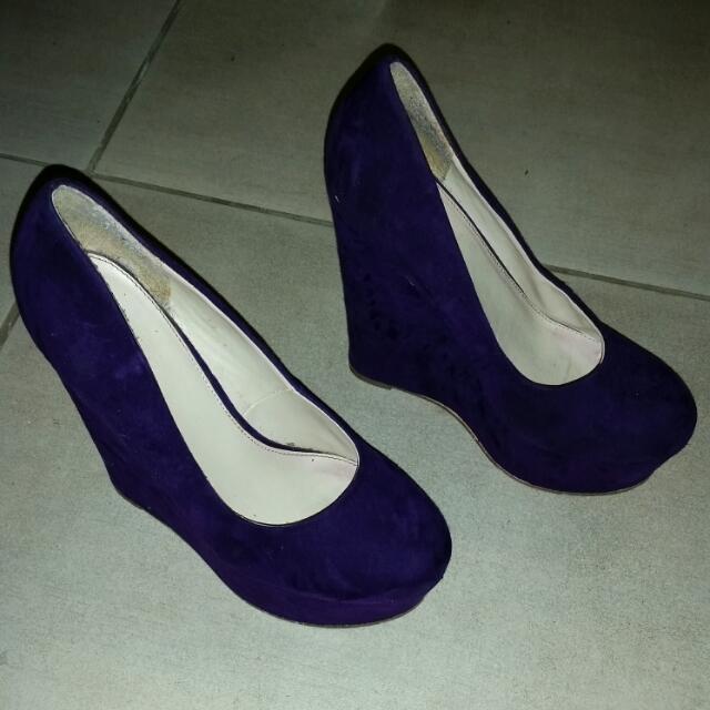Shoe Size 38