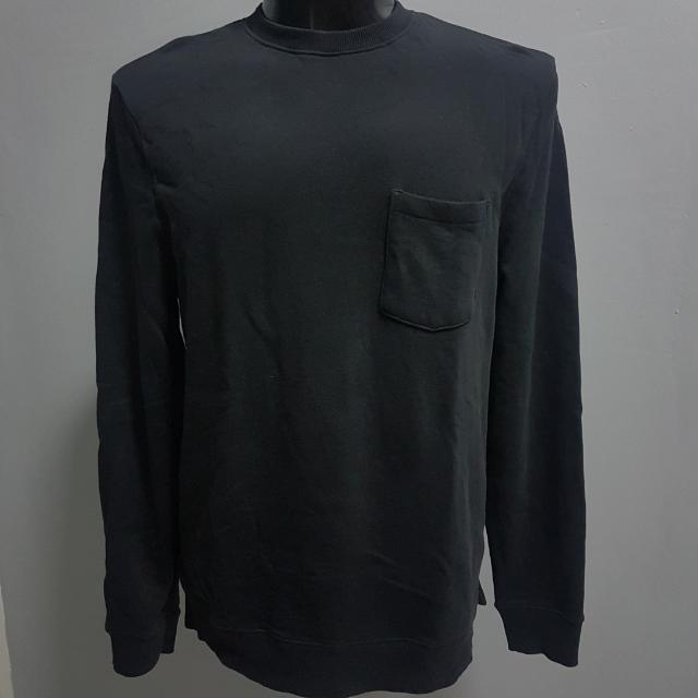 Size M H&M Pocket Sweat Shirt