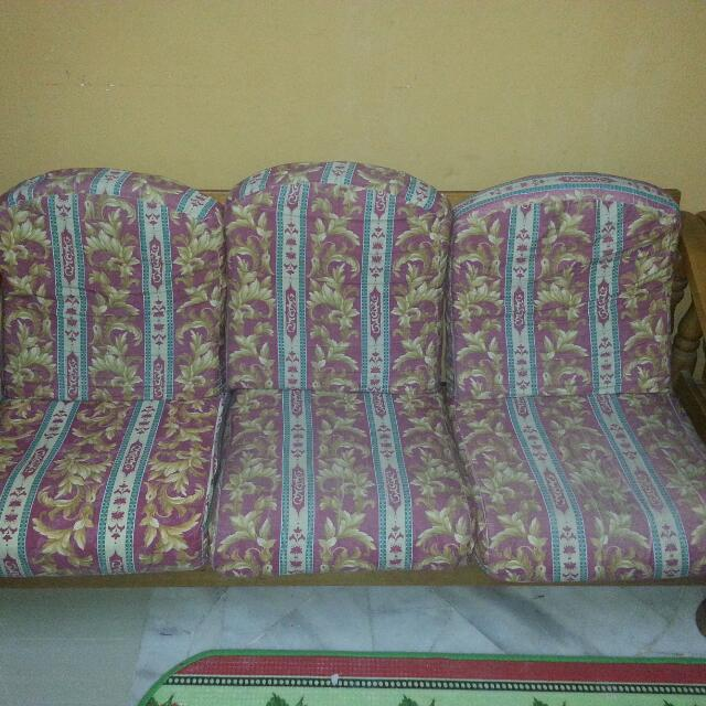 Last Price Sofa Kayu Kusyen Set 3 2 1 Home Furniture On Carou