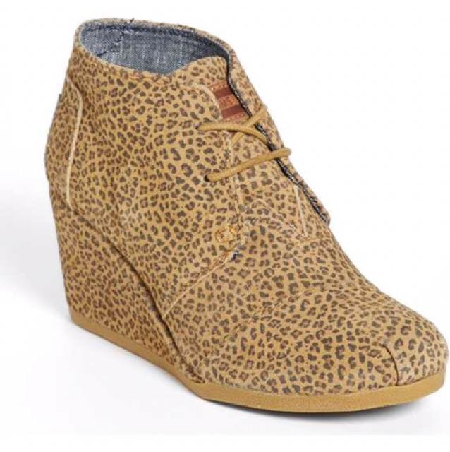 TOMS Wedge Boots Size 7.5/8