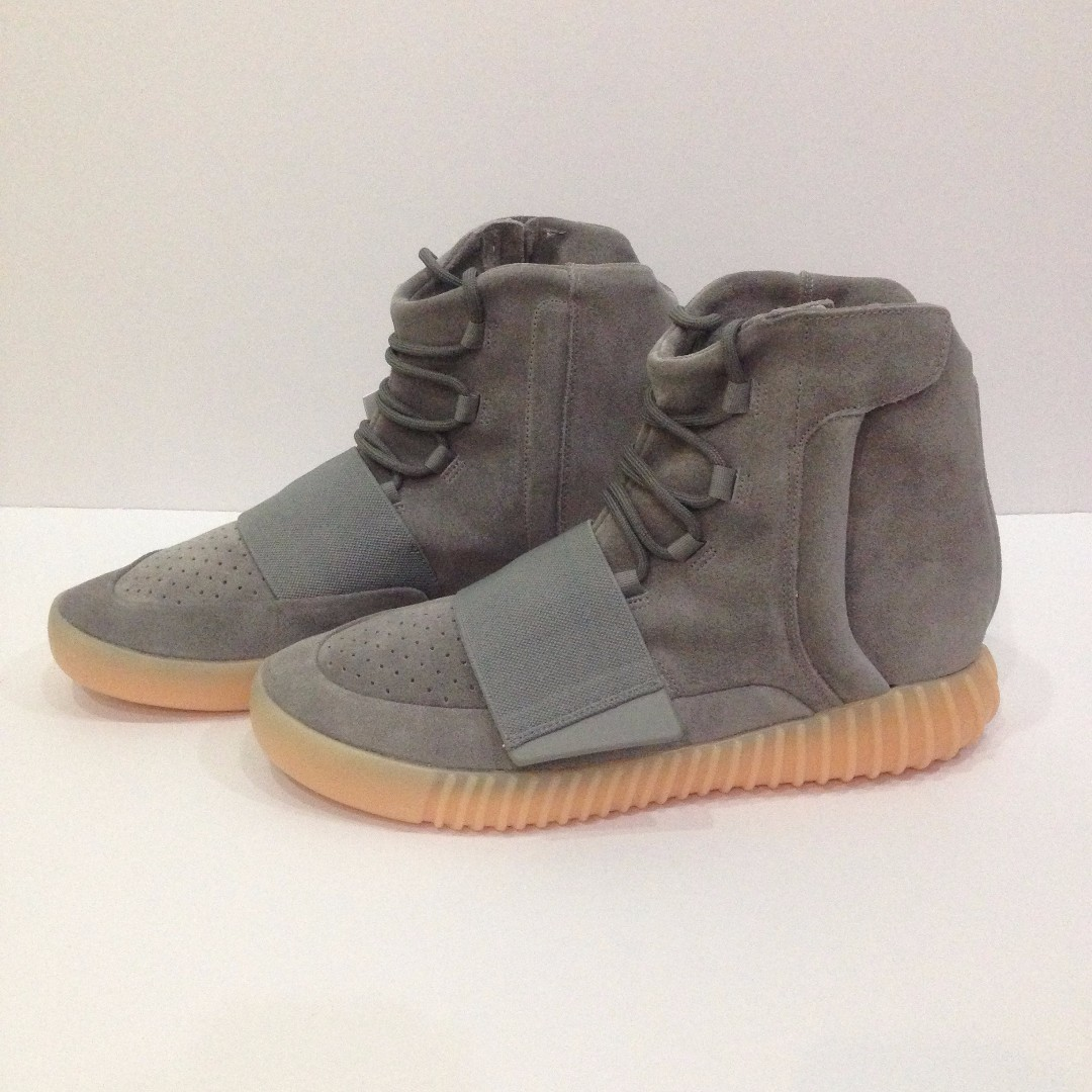 d07056ff8 US11 Adidas Originals X Kanye West Yeezy Boost 750 Light Grey   Gum ...
