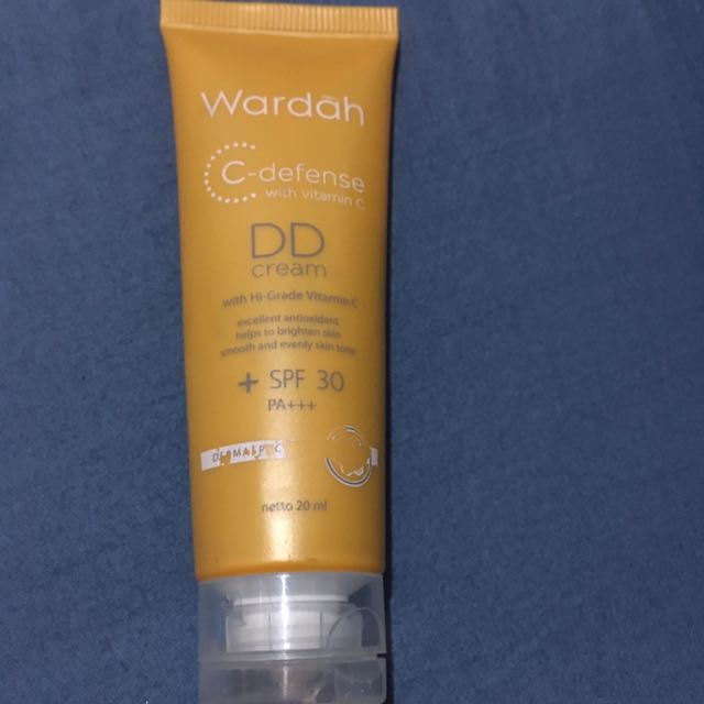 Wardah DD cream Shade 02 Natural