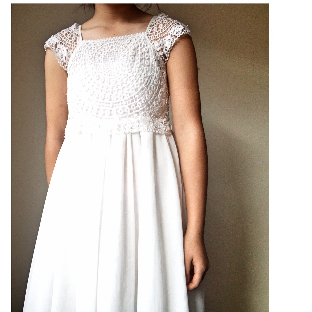 white embroidery patterned casual dress