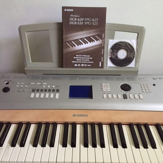 Yamaha Portable Grand Piano DGX 620