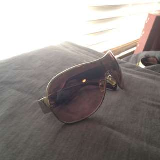 Coach Brand Sunglasses With Logo Design On Side