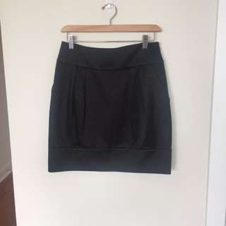 Club Monaco Black Skirt Sz 2