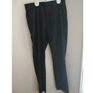 Black Dress Pants from H&M - Size Small: 30R/30R
