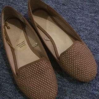 sepatu flat rubi