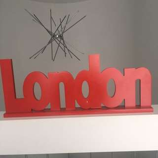 London Red Decoration