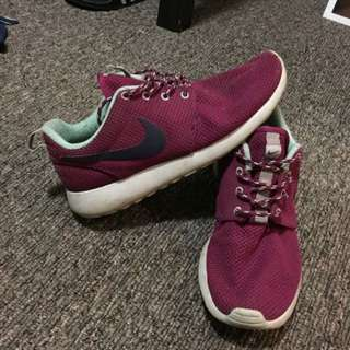 Pink Nike Roshes