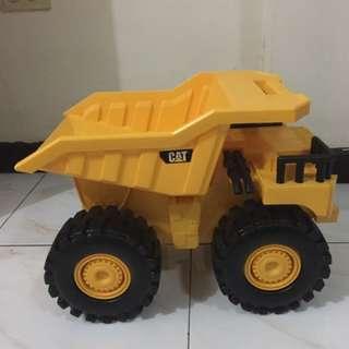 Caterpillar Mega Dump Truck