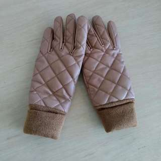 Uniqlo Quilted Gloves