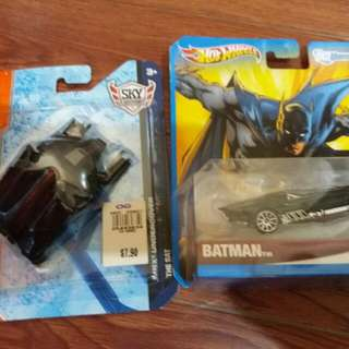 Matchbox The Bat And Hotwheels DC batmobile Set