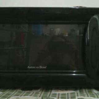 American Home Microwave Oven