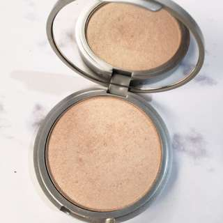 Mary Lou manizer - The Balm