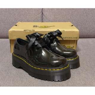🚚 【現貨】新品 Dr Martens Holly Shoe 馬汀 女款 緞帶鞋帶 漆皮 厚底鞋 AW16