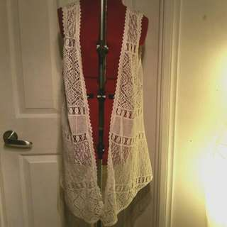 Striking Size 10 Vest