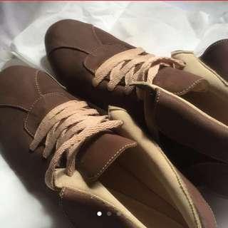 Shoes Boots Kulit Lokal (Sepatu Coklat)