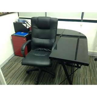 office chairs & tables set. for sale rush!!!