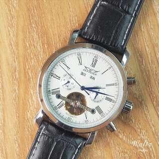 Jaragar 全日歷復古機械手錶