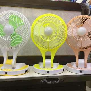 MINI FAN w/ LED LIGHT