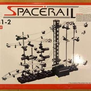 Spacerail 曲速引擎/瘋狂雲霄飛車(等級2)