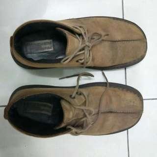 Skechers Shoes (Comfort Construction) Size 8 1/2
