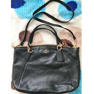 購自美國 - COACH 2 WAY tote-bag Handbag Crossbody 黑色皮斜揹袋 側咩袋 手挽袋 2用袋