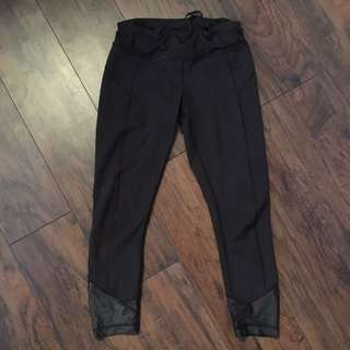 Lululemon Black Leggigs