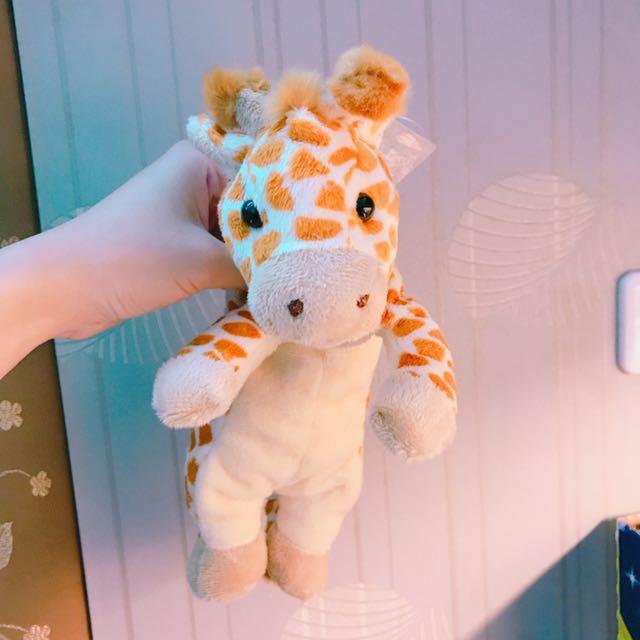 長頸鹿玩偶