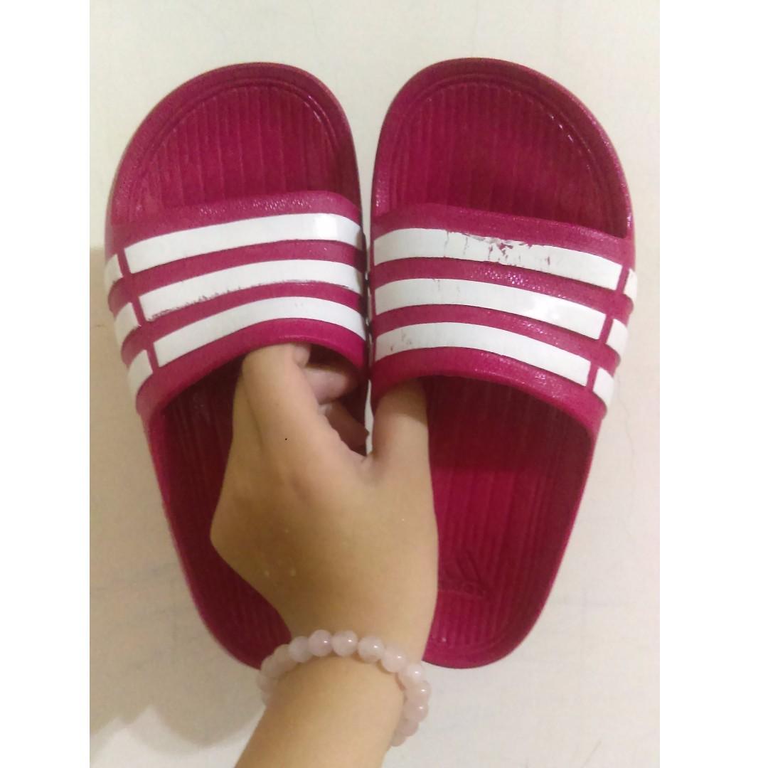 正品愛迪達粉紅拖鞋