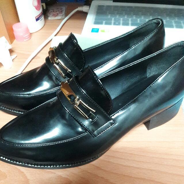 全新含運 英倫風皮革鞋 24.5