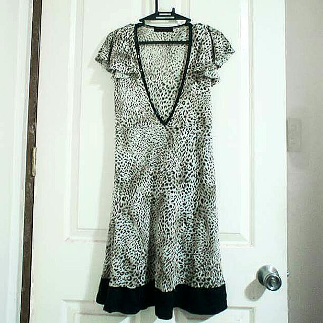 Animal Printed V-line Dress