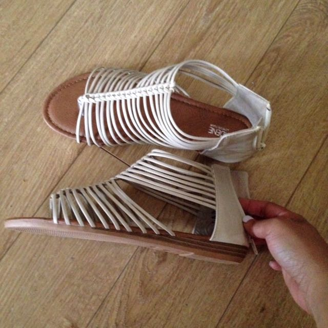 Ardene Sandals Size 7