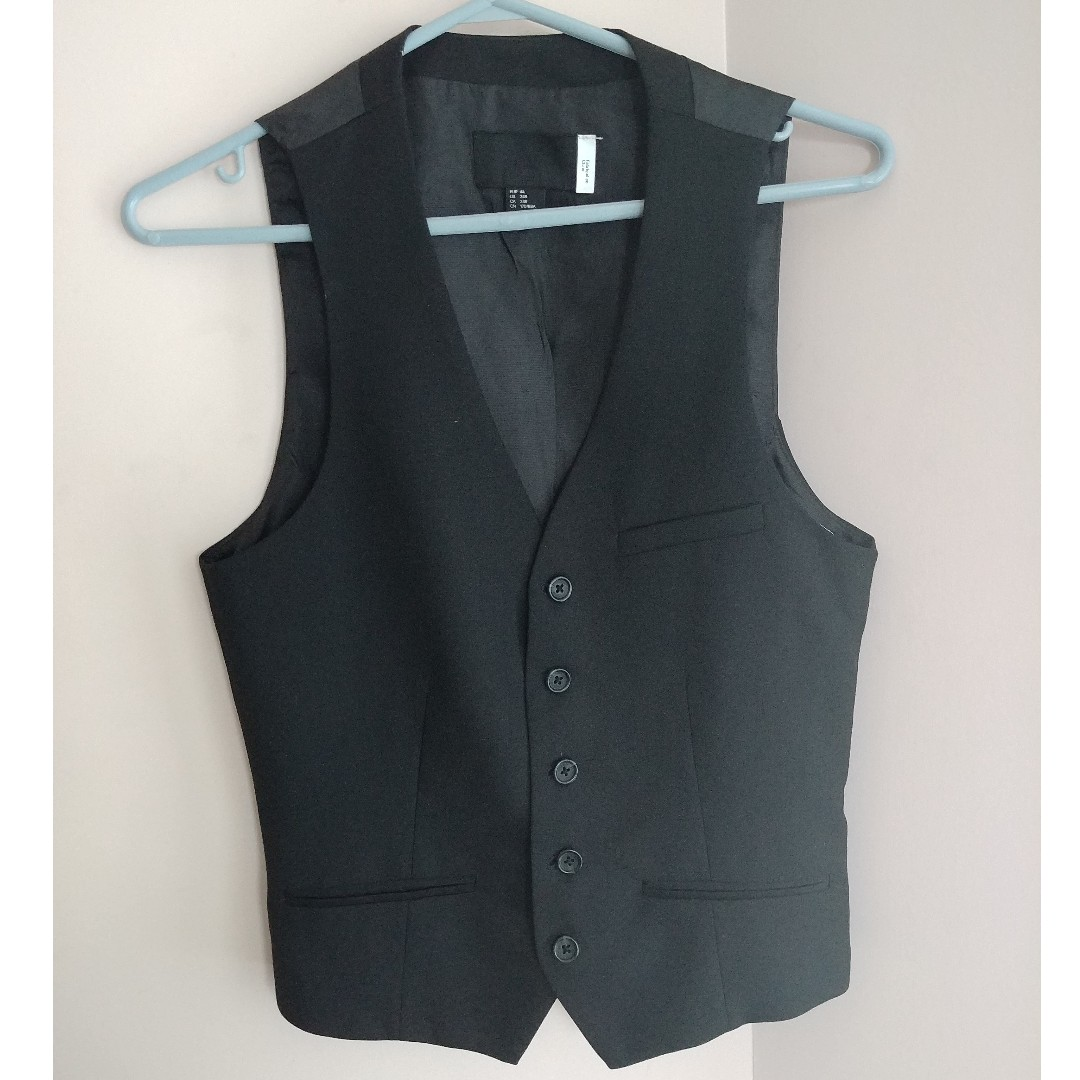 Black Vest from H&M - Size 34R/34R