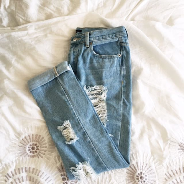 Brandy Melville Distressed Jeans