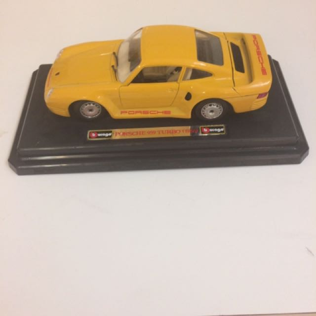 Burago Porche 959 Turbo (1986) Die Cast