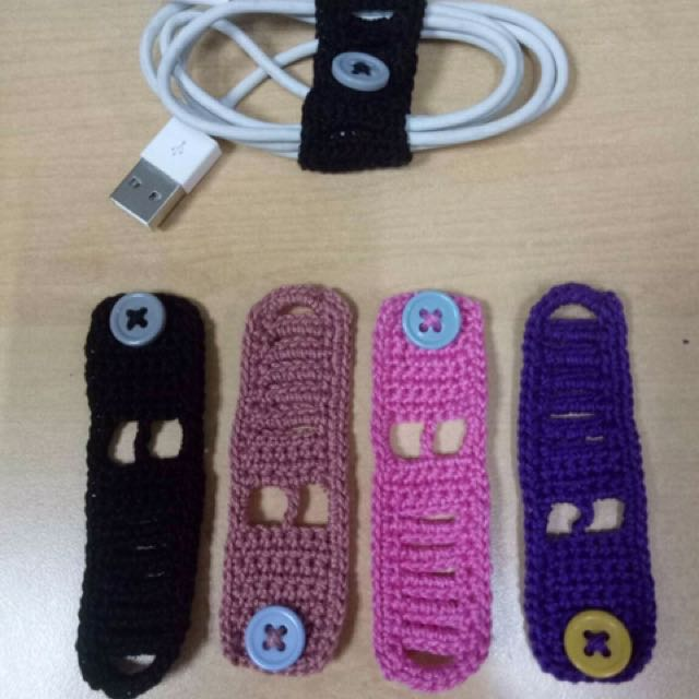 Cord Holder for Charger and Earphone