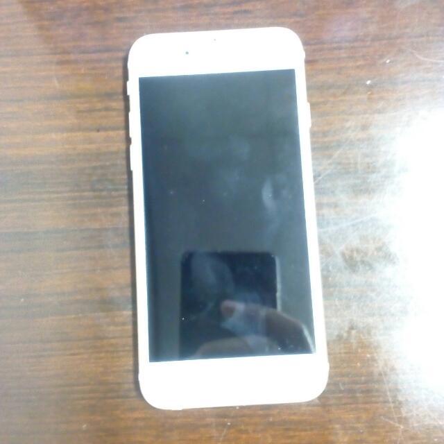 Dijual Iphone 6 White 16GB Fullset..  Cek Sewaktu Cod