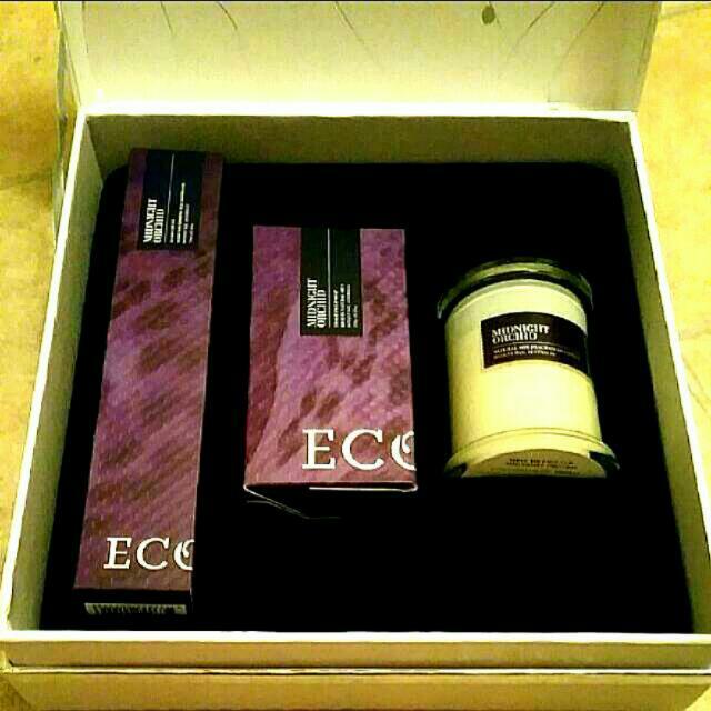 Ecoya Black Orchid Gift Pack