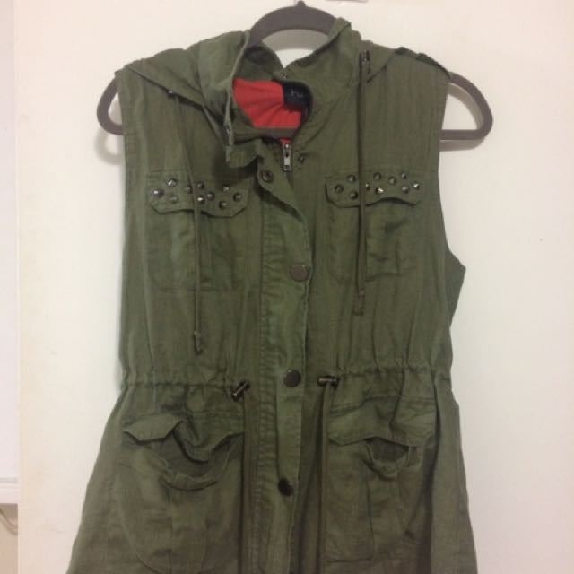 Fall/Spring light weight vest