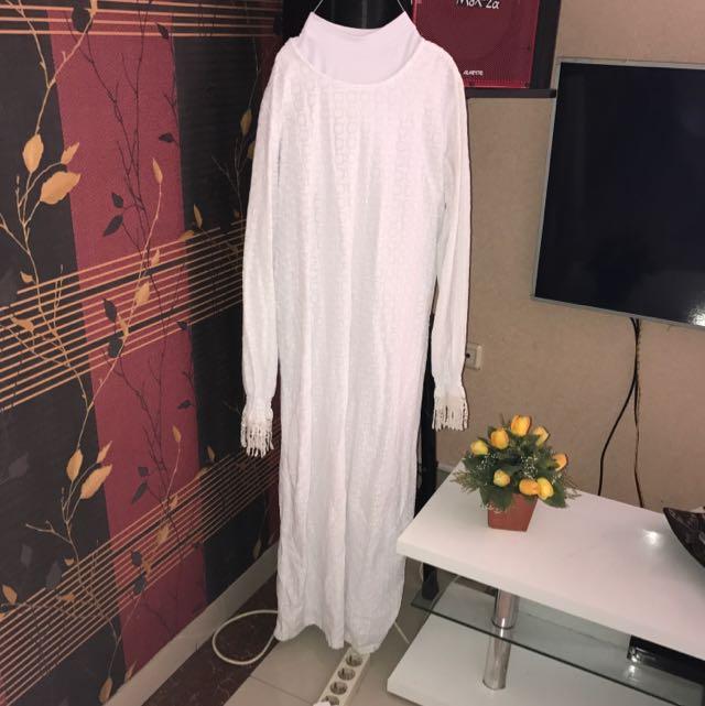 Gamis Putih