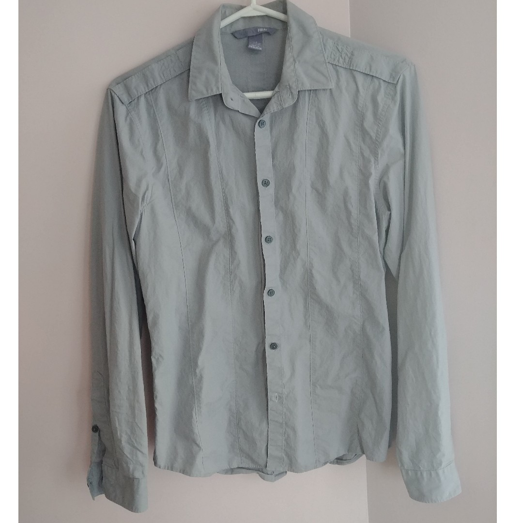GRAY H&M Buttoned Shirt - Size Small