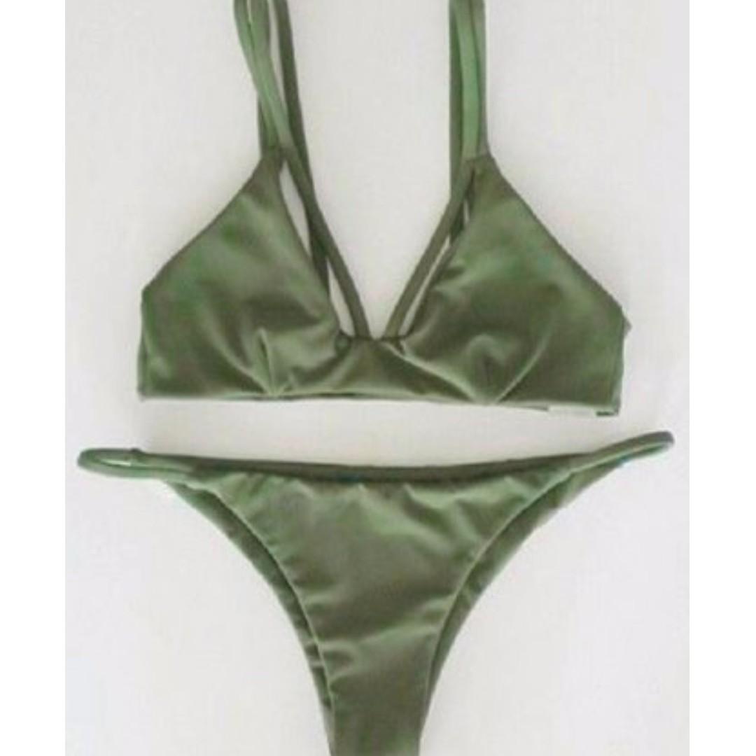 Green cheeky bikini - small