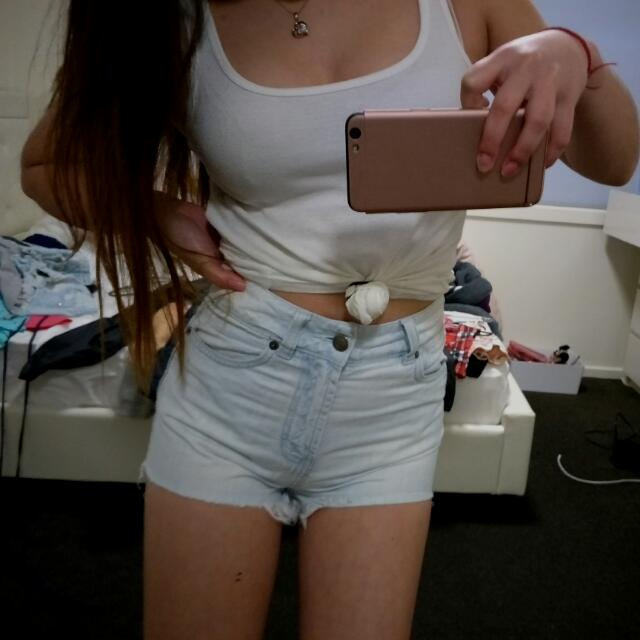High-waisted Short Shorts