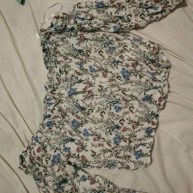 H&M平口上衣