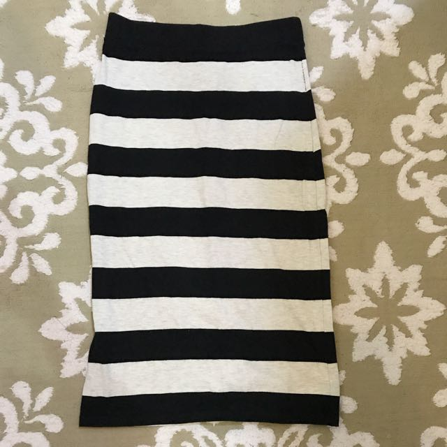 H&M Bodycon Skirt Stripes