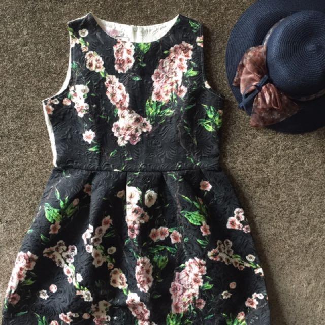 Jaquard Dress