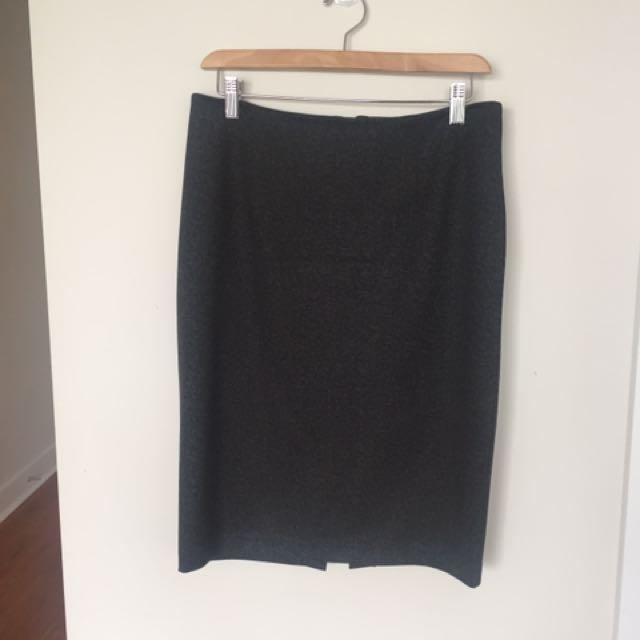 Kenneth Cole Reaction Grey Skirt Sz Small