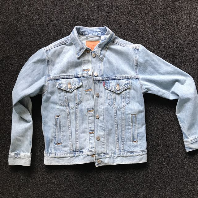 Light Denim Levi's Jacket